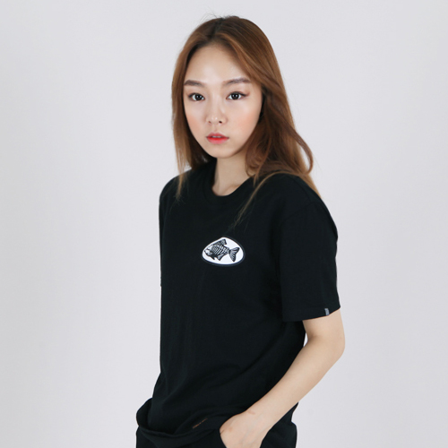 *교환&환불불가* [리타] LT piranha short sleeve black